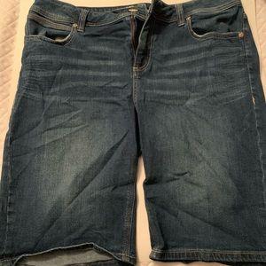 Seven Women's Size 14 Bermuda Shorts